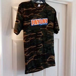 Pay Day Candy Bar Camoflage T-shirt M Womens